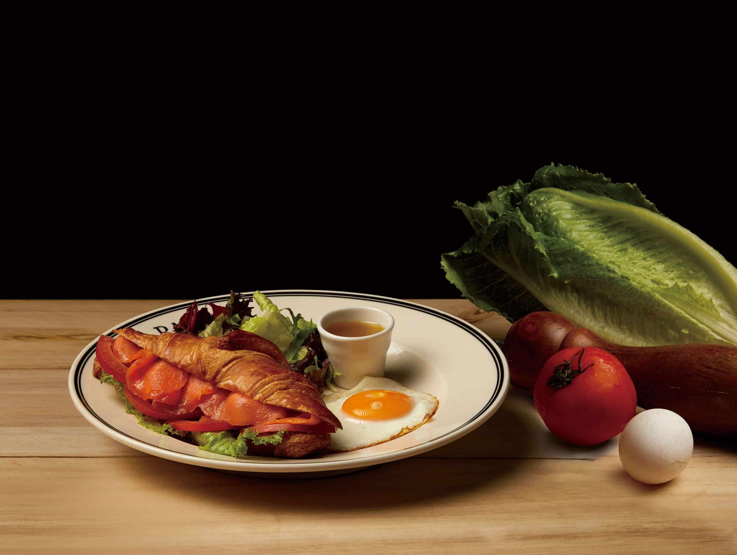 大西洋燻鮭瘋可頌 Croissant with Smoked Salmon