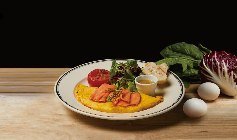 燻鮭菠菜煎蛋捲 Smoked Salmon with Spinach and Omelette